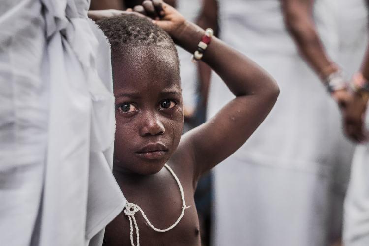 émotions pleurs afrique enfant noir