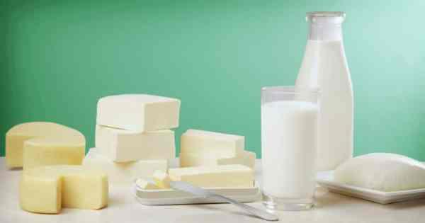 Qui sait, le beurre ou un bon camembert sera peut-être bon pour le cuir de vos chaussures