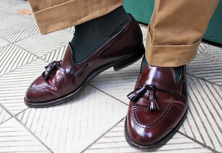 Chaussure Histoire Pour Homme D'une Origines Emblématique Mocassin Et wpFYngqq
