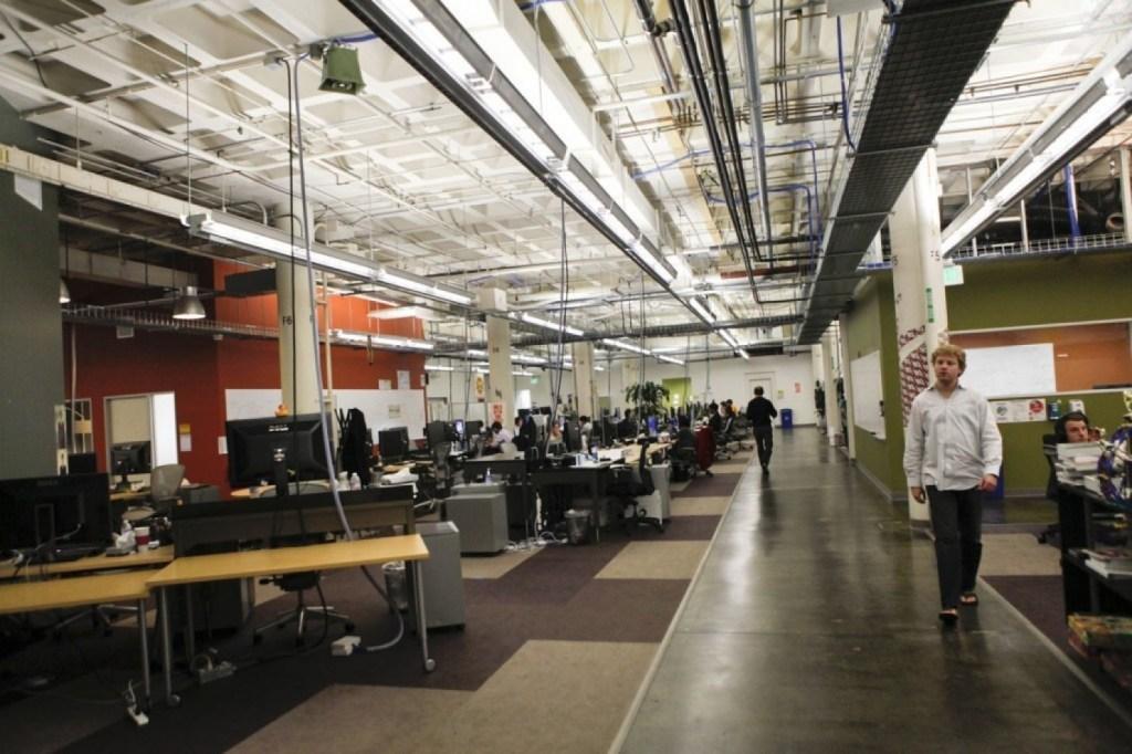 구글, 그들은 틀렸다. 개방적 사무실 문화는 직장을 파괴시킨다.