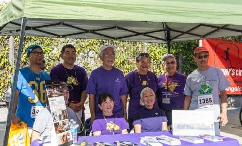 JANM staff and volunteers at the museum's information booth. Photo by Ben Furuta.
