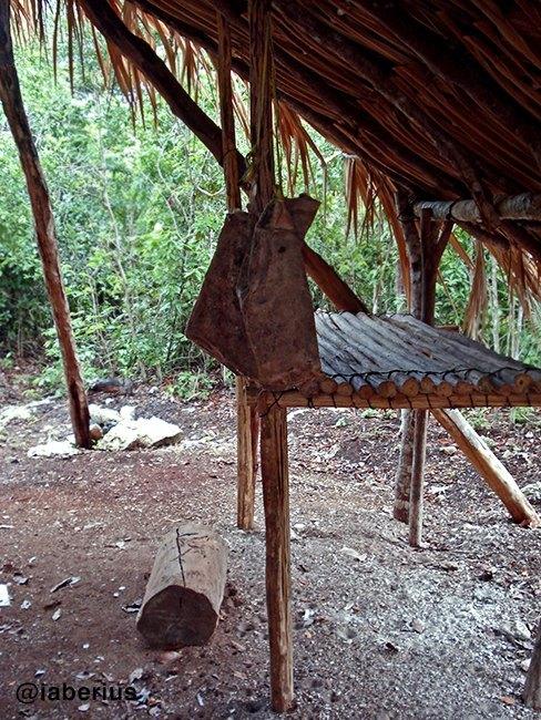 detalle del campamento chiclero