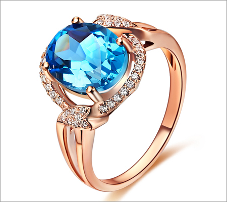 Gold Gemstone Ring (Source: aliexpress.com)