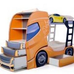 Emeletes kamionos gyerekágy