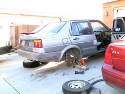Crappy 1987 Volkswagen Jetta