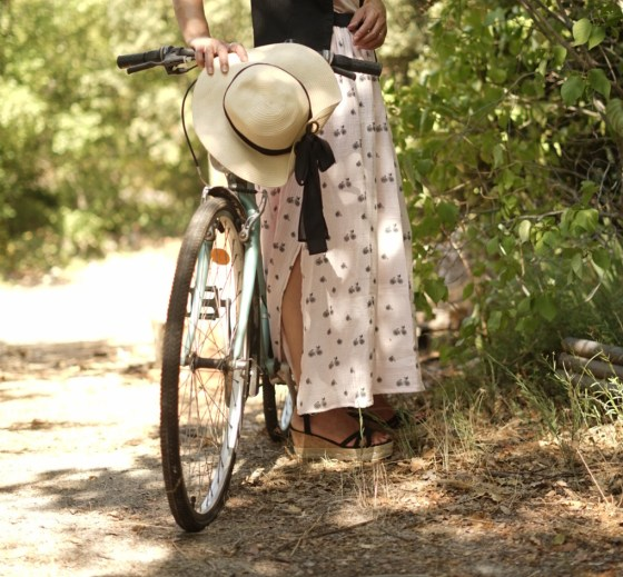 Coudre une fente de jupe: les 5 étapes