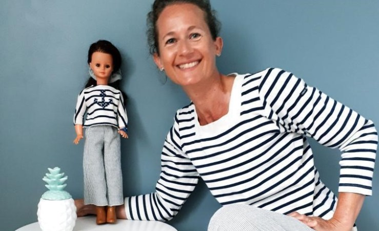 Coudre des vêtements de poupées avec Maryline