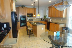 JS Realty Brambleton Kitchen Conquest Circle