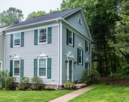 Townhome For Sale in Burke