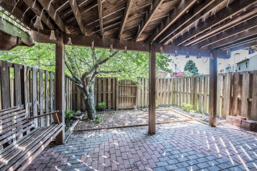backyard manassas patio brick jsrealty4u