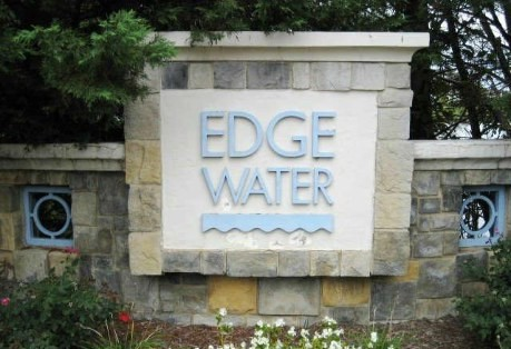 Lakeside Reston Condo For Sale