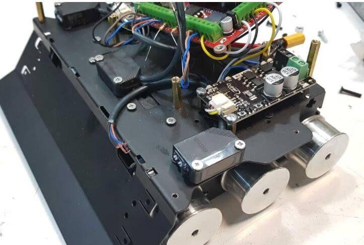 Sumo robot sensors