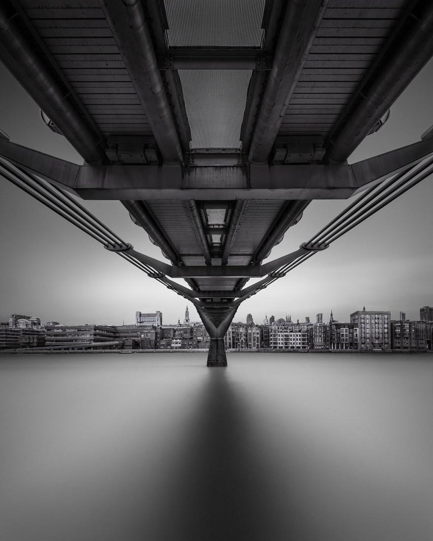 Alter Ego - Millenium Bridge London © Julia Anna Gospodarou 2016