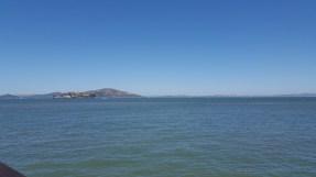 Vue sur la célèbre Alcatraz depuis un des quais
