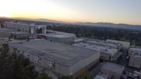 La vue des studios depuis les escalators pour descendre dans la partie basse du parc