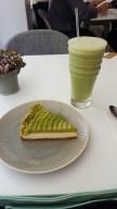 Cheesecake et milkshake au thé matcha