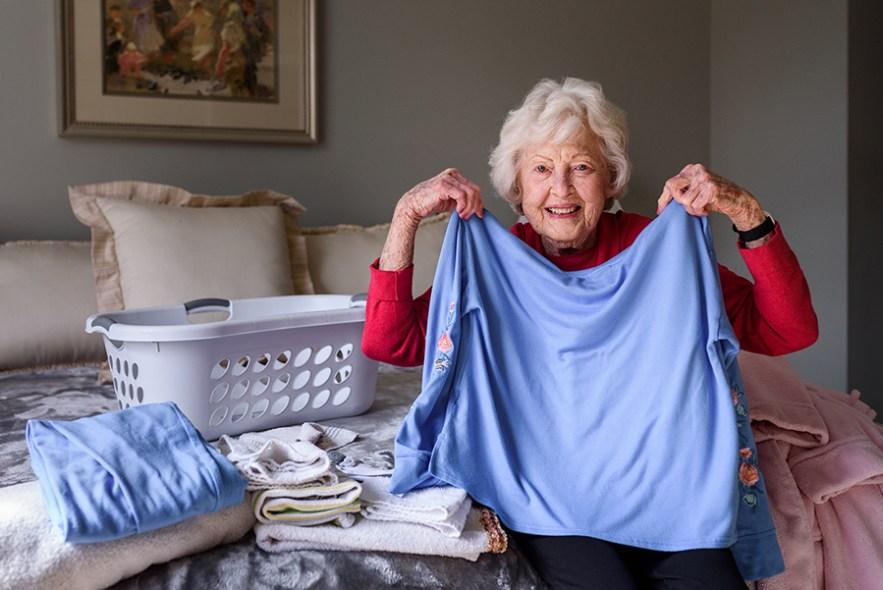 2020_grandma_dee_laundry-5968