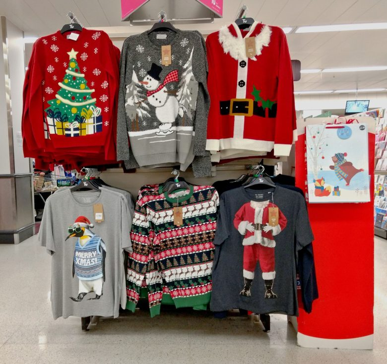 Christmas-Clothing-Best-Deals
