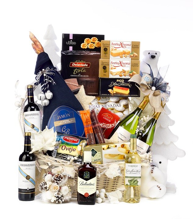 Christmas-Gifts-Hampers
