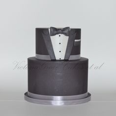 tux-cake