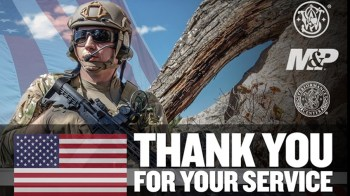 Soldier, American flag and thank you for your service message