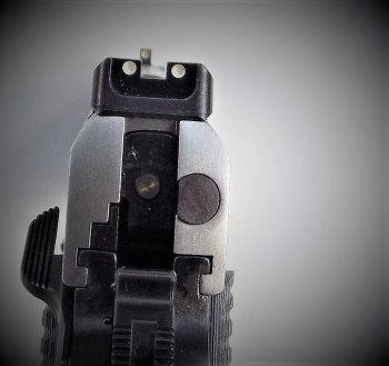 Sight picture on a Ruger SR1911 Commander
