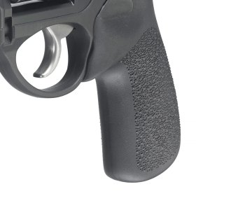 Full size rubber grip on a revolver