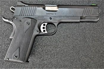 Kimber 10mm pistol right profile