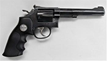 .22 LR revolver right profile
