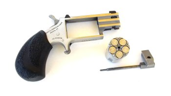North American Arms Pug revolver with loaded cylinder removed