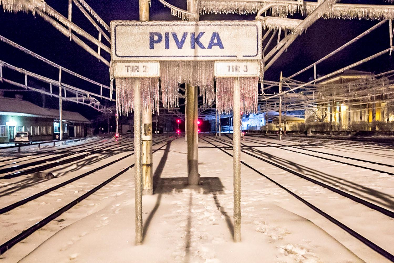 Žled na železniški postaji Pivka