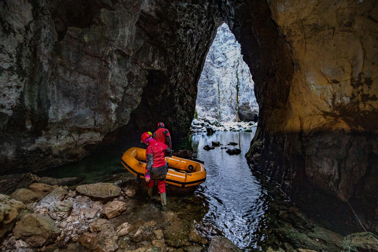 Izhod iz Zelških jam v Rakov Škocjam, Foto: Matej Blatnik