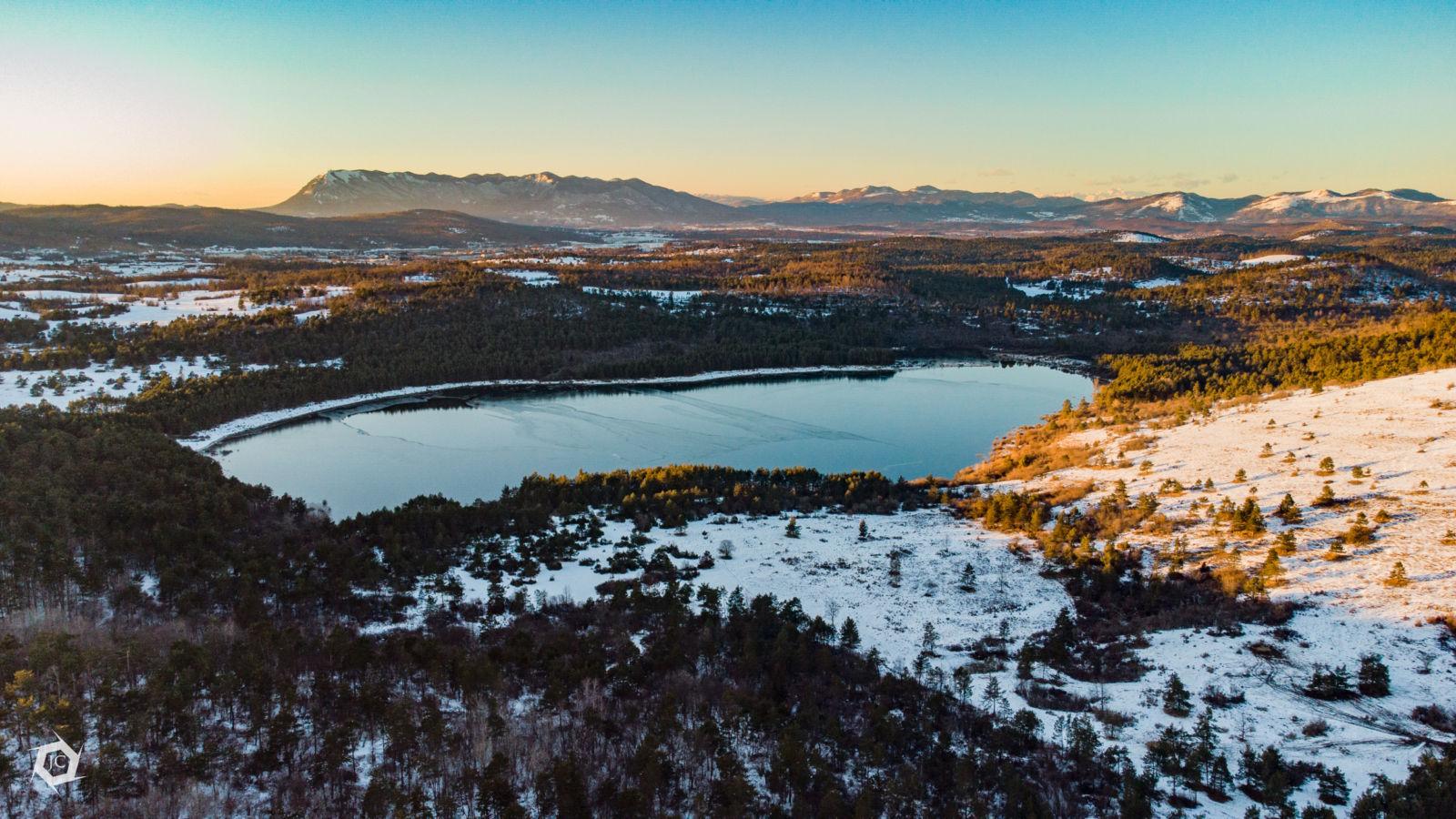 Petelinjsko jezero iz zraka