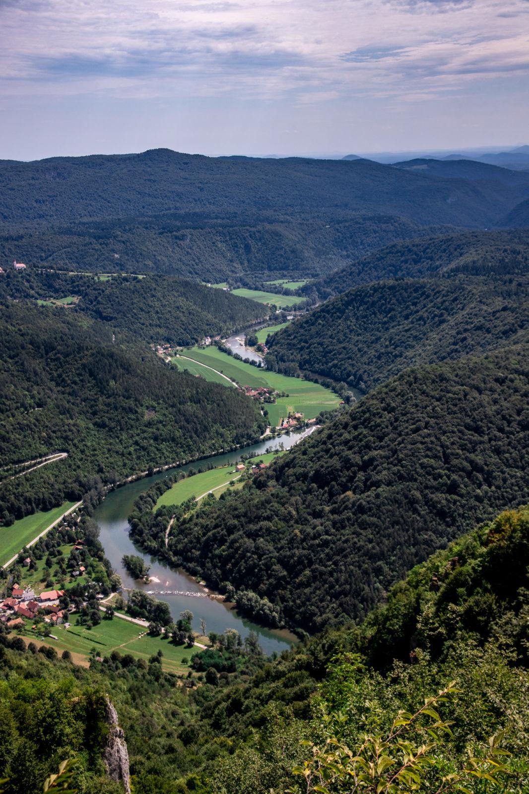 Reka Kolpa - razgled iz hriba Kozice
