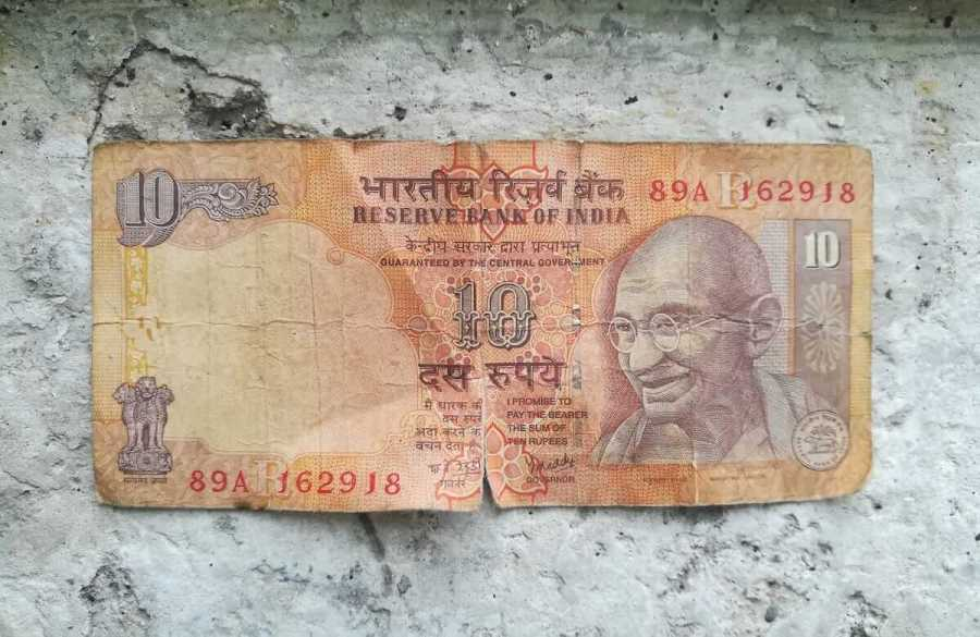 Beware: No one accepts ripped notes in India. Photo © Karl Rock.