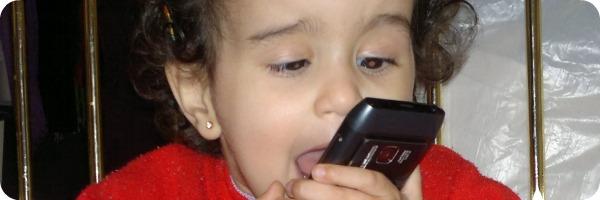 Yasmine & le Nokia N8