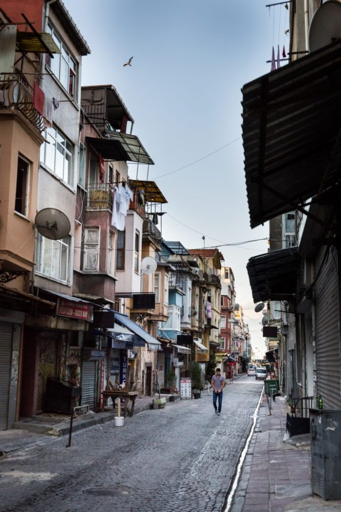 Man walking in the street for an article on Istanbul street photos