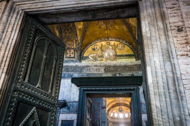 Hagia Sophia interior for an article on Istanbul street photos