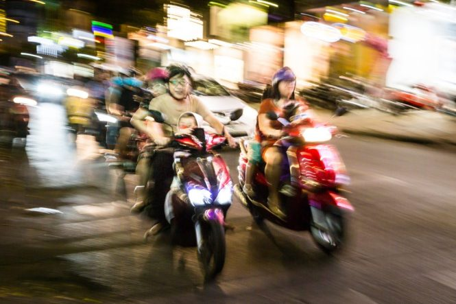 Blurry motorcycle for article on Ho Chi Minh City street photos