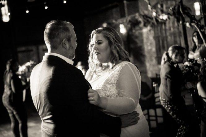 First dance at a 26 Bridge wedding