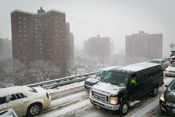 NYC snow photos by photojournalist, Kelly Williams