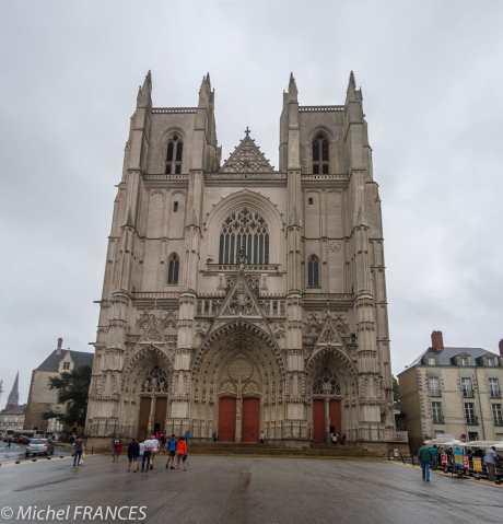 La Cathédrale Saint-Pierre et Saint-Paul