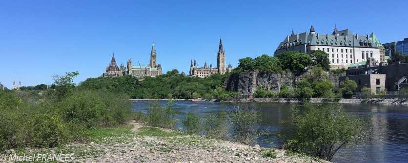 Vue sur Ottawa depuis l'île Victoria