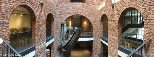 Le département de l'art moderne est installé dans une ancienne prison, très bien réhabilitée