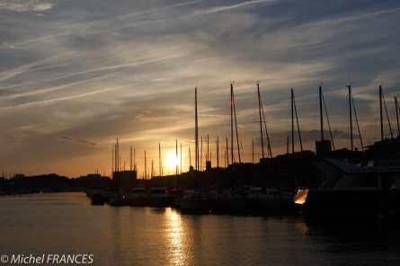 Coucher de soleil sur le Vieux-Port