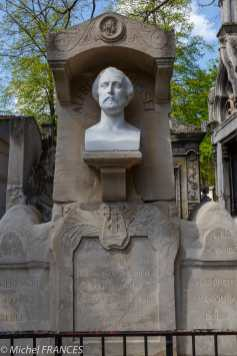 Père-Lachaise - sépulture d'Alfred de Musset