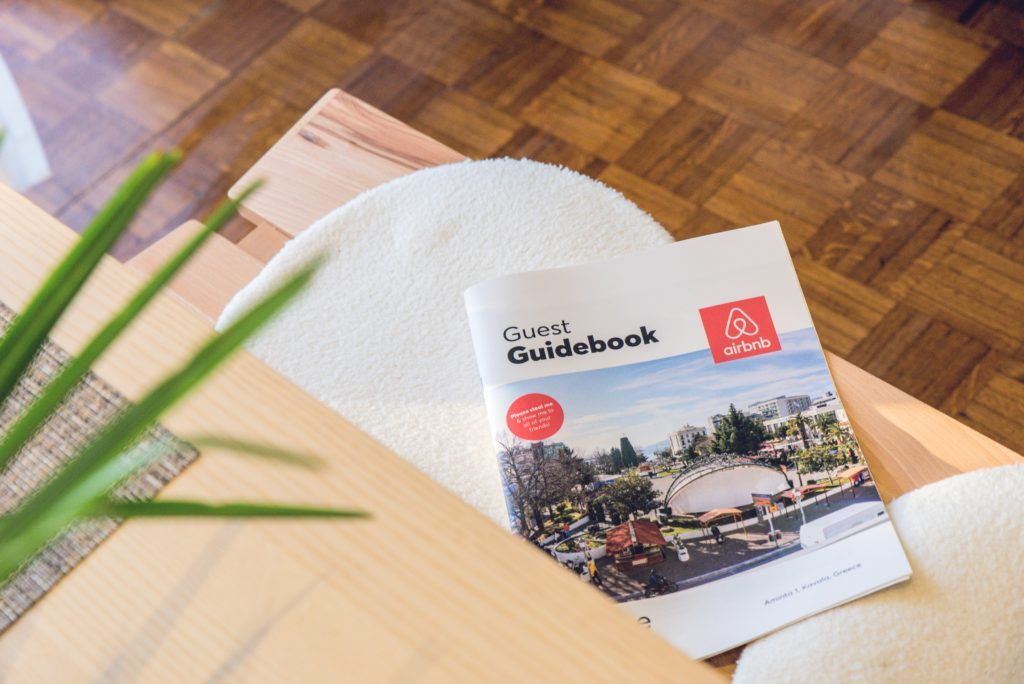 Best Airbnb Guidebook Creation Services - Keycafe Blog