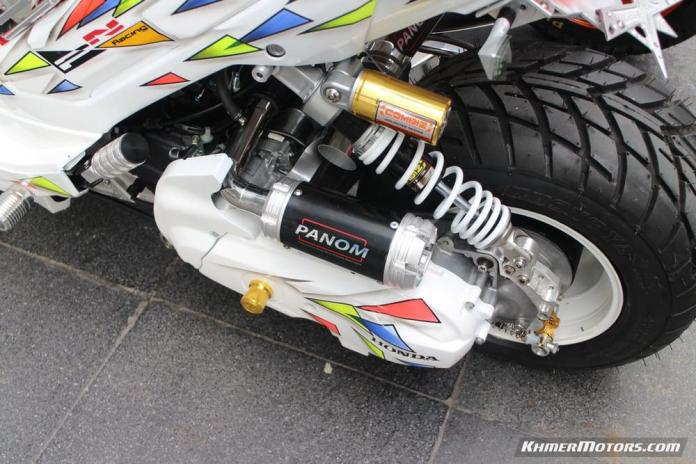 Zoomer-X designs in Honda's Mocye Idea Challenge (122)