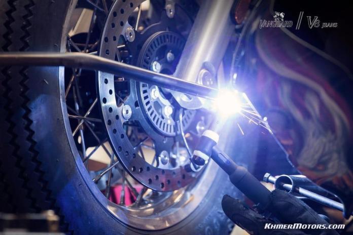 vanguard-moto-guzzi-v8-gannet-19
