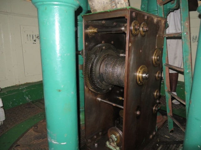 Cable apparatus for winding the weights